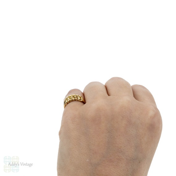 tassel 18ct gold keeper ring with drop