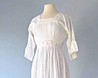 1960s Mexican Wedding Dress...White Cotton Mexican Dress Small
