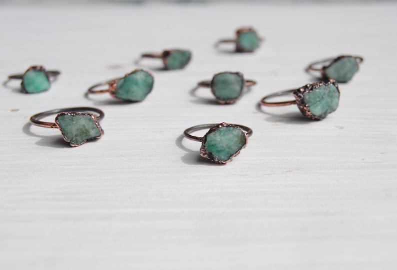 rough emerald ring may birthstone ring emerald copper ring Raw emerald ring natural emerald ring boho jewelry raw crystal ring