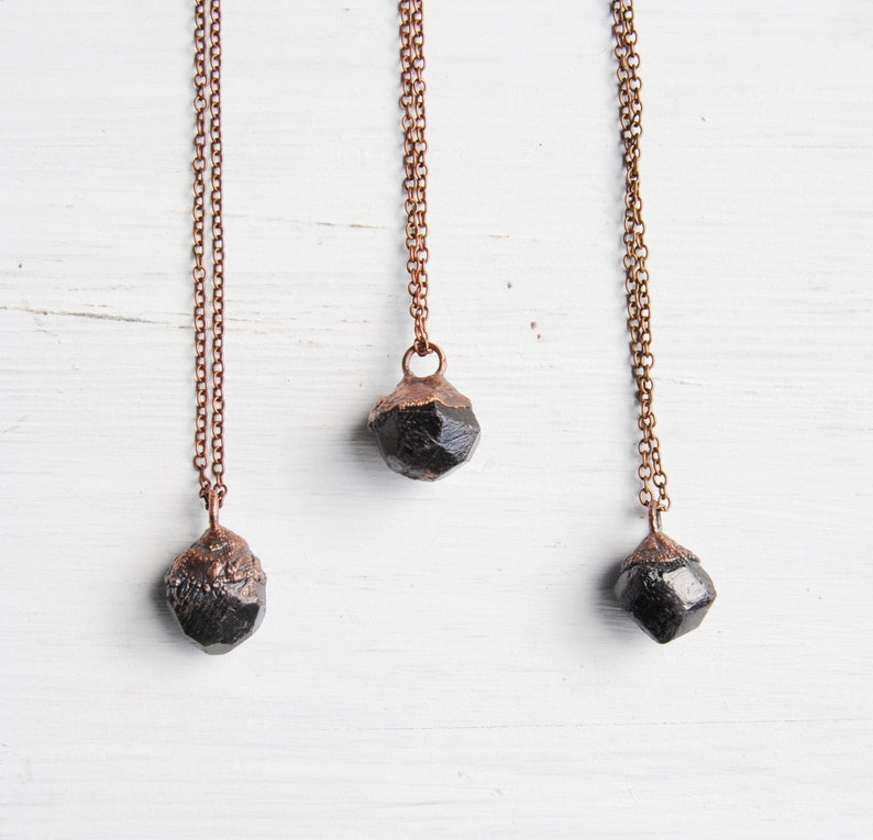 boho jewelry rough garnet pendant garnet copper garnet crystal necklace boho necklace january birthstone jewelry Raw garnet necklace