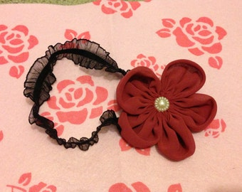 Maroon flower stretchy headband