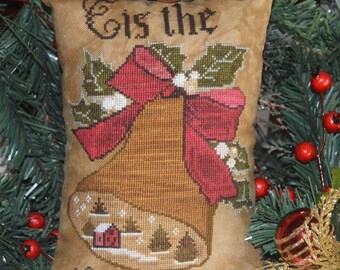 Counted Cross Stitch Pattern, Tis the Season, Christmas Pillow, Christmas Ornament, Pillow Ornament, Holly, Abby Rose Designs, PATTERN ONLY