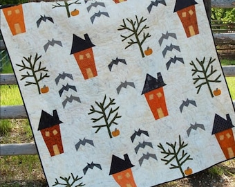 Quilt Pattern, 31 Haunting Street, Pumpkin, Bats, Haunted Houses, Raw Edge Applique, Cotton Street Commons, PATTERN ONLY