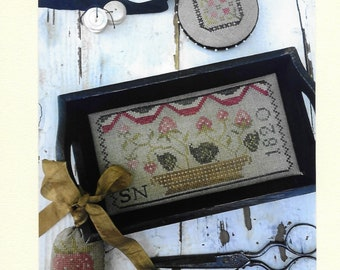 Counted Cross Stitch Pattern, Berry Basket Sewing Tray, Primitive Pinkeep, Strawberry, Pin Disk, Primitive, Stacy Nash, PATTERN ONLY