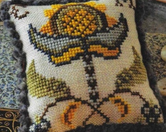 Counted Cross Stitch, Cross Stitch Pattern, Fragments in Time, 2017 No 7, Elizabethan Crewelwork, Summer House Stitches Workes, PATTERN ONLY