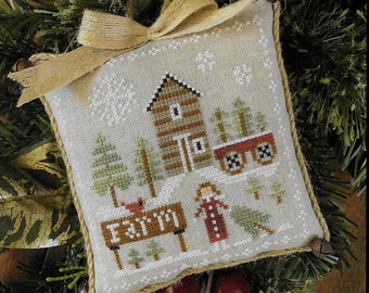 Counted Cross Stitch Pattern, Pinewood Farm, Farmhouse Christmas, Cross Stitch Pillow, Ornament, Little House Needleworks, PATTERN ONLY