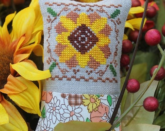 Counted Cross Stitch Pattern, Little Fall Fling, Sunflower, Autumn Decor, Fall Decor, Inspirational, Luhu Stitches, PATTERN ONLY
