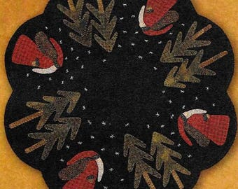 Wool Applique Pattern, Old St Nick, Wool Table Mat, Christmas Decor, Primitive Decor, Rustic Decor,  Primitive Gatherings, PATTERN ONLY