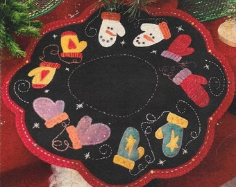 Wool Applique Pattern, The Mitten Mat, Winter Decor, Mitten Candle Mat, Holiday Decor, Primitive Decor, Wool Applique, PATTERN ONLY
