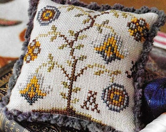 Counted Cross Stitch, Fragments in Time, Cross Stitch Pattern,  2017 No 4, Elizabethan Crewelwork, Summer House Stitches Workes,PATTERN ONLY