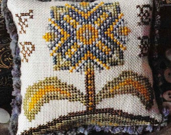 Counted Cross Stitch, Fragments in Time, 2017 No 3, Cross Stitch Pattern, Elizabethan Crewelwork, Summer House Stitches Workes, PATTERN ONLY