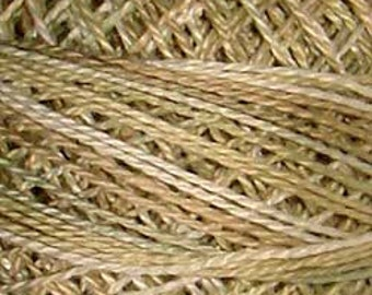 Valdani Thread, Size 8, O545, Perle Cotton, Primitive White, Embroidery, Penny Rugs, Punch Needle, Primitive Stitching, Sewing Accessory