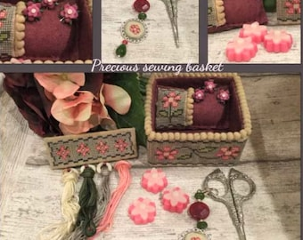 Counted Cross Stitch, Precious Basket, Cross Stitch Patterns, Sewing Accessory, Sewing Basket, Flower Pins, Mani di Donna, PATTERN ONLY