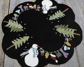 Wool Applique Pattern, Dress Me Up Frosty, Wool Table Mat, Wool Candle Mat, Winter Decor, Primitive Decor, Nutmeg Hare, PATTERN ONLY