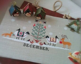 Counted Cross Stitch Pattern, Heroic Ewes Christmas, Sheep, Fox, Squirrels, Reindeer, Country Rustic, Twin Peak Primitives, PATTERN ONLY