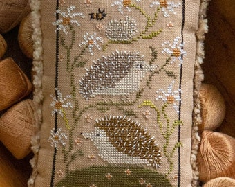Counted Cross Stitch Pattern, Hedge Row, Hedgehogs, Pillow Ornament, Pillow Tuck, Daisies, Plum Street Sampler, PATTERN ONLY
