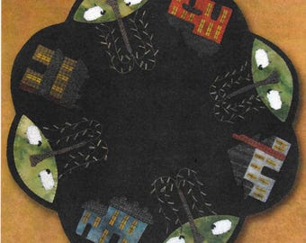 Wool Applique Pattern, Saltbox Table Mat,  Wool Table Mat, Rustic Decor, Primitive Decor, Wool Candlemat, Primitive Gatherings, PATTERN ONLY
