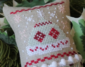 Counted Cross Stitch Pattern, Little Winter Fling, January, Winter Hat, Snowflakes, Winter Decor, Bowl Filler, Luhu Stitches, PATTERN ONLY