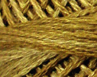 Valdani 3 Strand, H205, Cotton Floss, Ancient Gold, Heirloom Collection, Punch Needle, Embroidery, Penny Rugs, Wool Applique, Cross Stitch