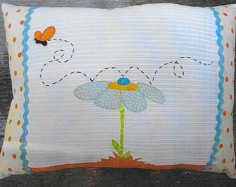 Applique Pillow, Butterfly Flutters By, Home Decor, Spring Decor, Cottage Chic, Maudie's Cottage Designs, Joan Davis, PATTERN ONLY