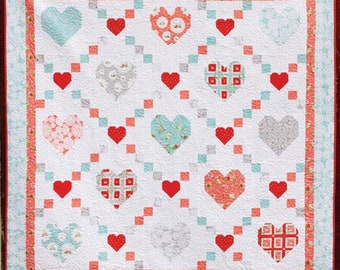 Quilt Pattern, Hearts and Kisses, Summer Decor, Cottage Decor, Valentine's, Quilted Wall Hanging, Lap Quilt, Flamingo Toes, PATTERN ONLY