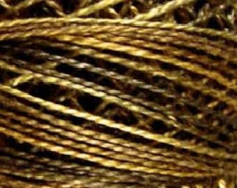 Valdani, Size 12, P9, Valdani Perle Cotton, Bronze, Punch Needle, Embroidery, Penny Rugs, Primitive Stitching, Sewing Accessory