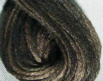 Valdani, 6 Strand Cotton Floss, H212, Faded Brown, Embroidery Floss , Punch Needle, Embroidery, Penny Rugs, Sewing Accessory