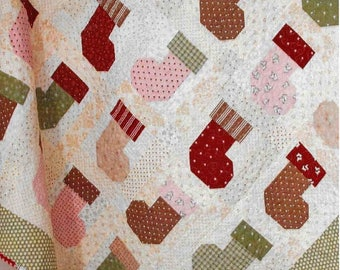 Quilt Pattern, Stocking Stuffers, Christmas Decor, Cottage Decor, Patchwork Quilt, Quilted Wall Hanging, Lap Quilt, Moda Quilt, PATTERN ONLY
