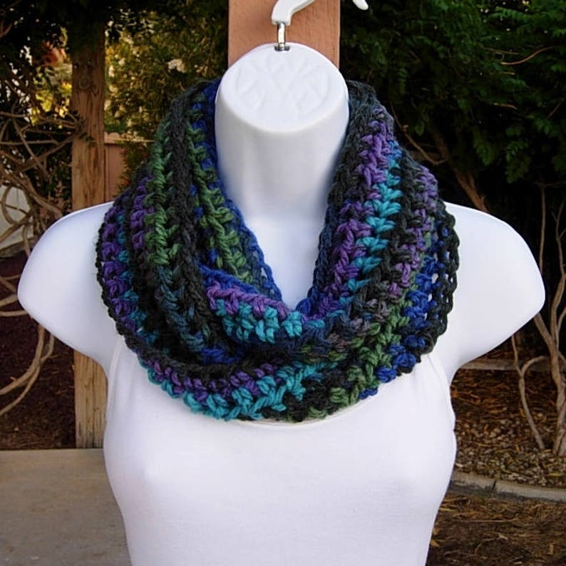 Small Women S Infinity Scarf Loop Cowl Black Turquoise Etsy
