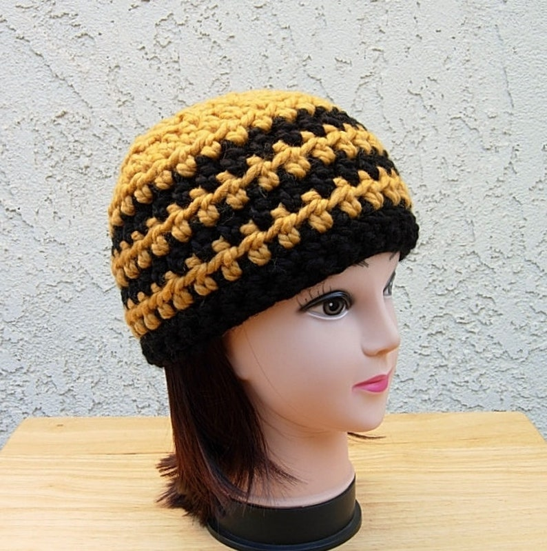 55754e92b4d Black and Gold Crochet Beanie Hat Soft Chunky Thick Wool Blend