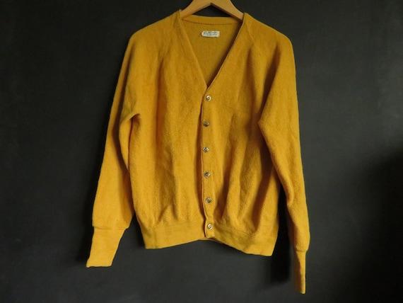 50s Men's 100% Alpaca Cardigan Gold Wool 50s/60s V