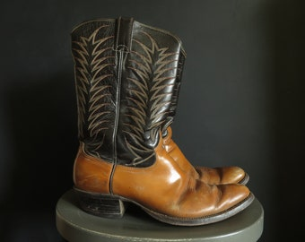 Men's 12B Cowboy Boots Justin Two-Tone Brown & Caramel Leather Flame Stitching Western Boots