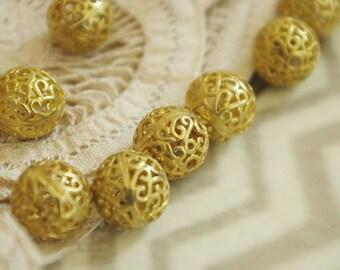 3pcs of brass hollow  Fog bead