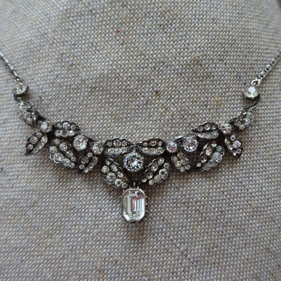 STUNNING Victorian Paste Necklace