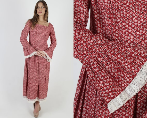Burgundy Cotton Calico Floral Dress / Frontier Cou