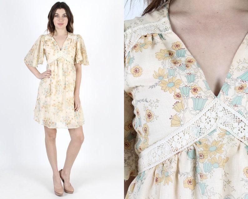 59a942e0144 Bohemian Dress 70s Dress Hippie Dress Lace Dress Boho Wedding