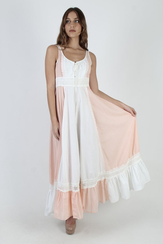Vintage 70s Peach Gingham Dress / Gunne Sax White… - image 3