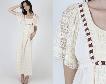 Plain Ivory Wedding Dress / Bridal Party Brown Striped Dress / Vintage 70s Lined Floral Crochet Lace / Empire High Waist Sash Mini Dress