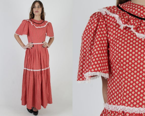 Vintage 70s Calico Country Dress / Red Americana F