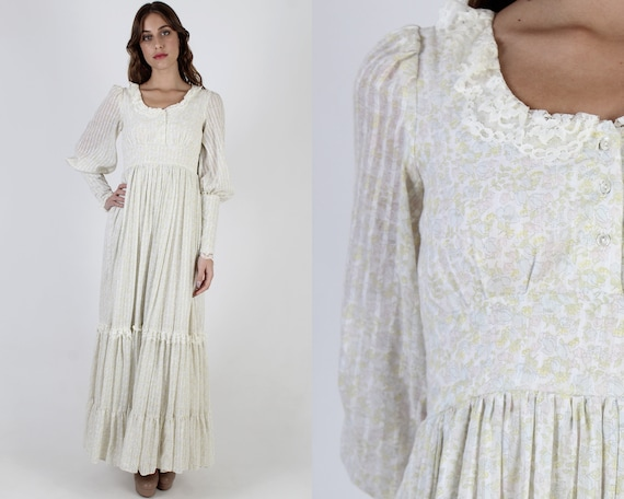 Gunne Sax Ivory Calico Dress / 70s Garden Floral J
