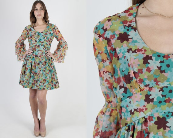 70s Ruffly Floral Dress / Sheer Colorful Chiffon M