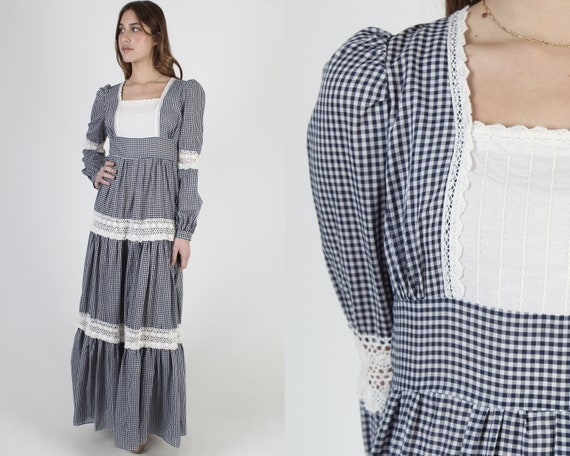 Vintage 70s Blue Gingham Dress / Gunne Sax Lace Ch