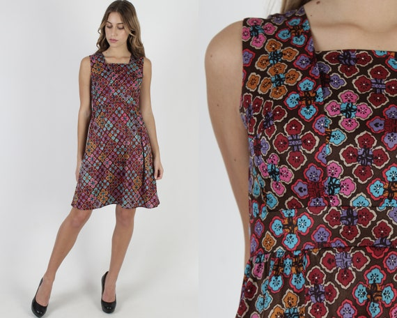 Brown Floral Crosses Print Mini Dress / Vintage 70