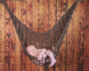 Newborn Hammock Pod Photo Prop in Barley Brown