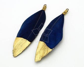 Natural Bohemian Plume Pendant  50mm Handmade Sky Blue Dyed Feather Half Dipped in Gold FT-027-SB  2 pcs Duck Feather Pendant