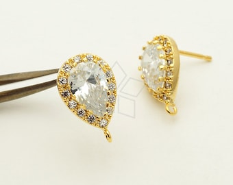 SI-696-GD / 2 Pcs - New Pear Cut CZ with 15 Small CZs All Around Stud Earrings, 16K Gold Plated, with .925 Sterling Silver Post / 9mm x 14mm
