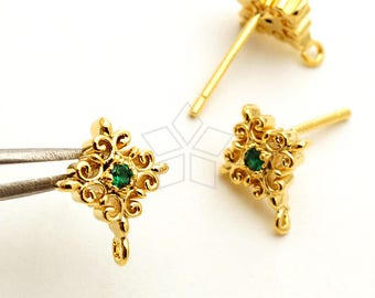 SI-861-GD / 2 Pcs - Filigree Cross Stud Earrings, Victorian Cross Post Studs (Emerald), Gold Plated, with 925 Sterling Silver Post / 8.5mm