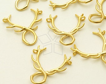 PD-1019-MG / 2 Pcs - Tiny Antlers, Deer Antlers Sideways Pendant, Matte Gold Plated over Brass / 17mm x 18mm