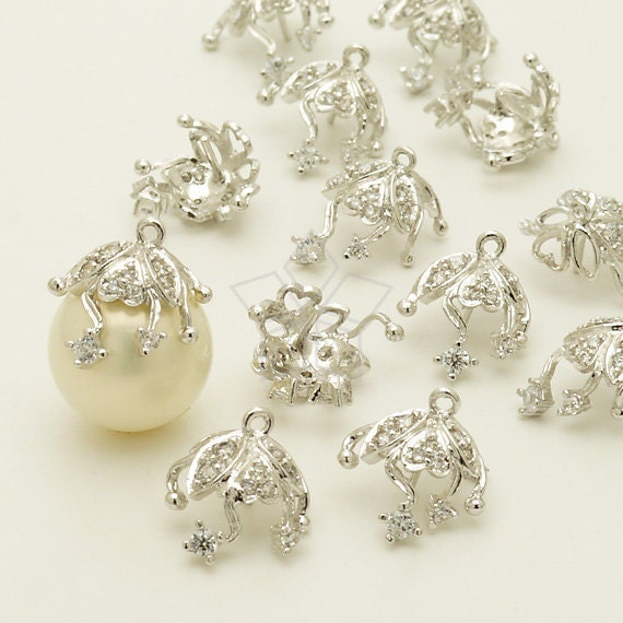 CP-049-OR / 2 Pcs - Ivy Flower Bead cap with Peg, CZ Stone Detail, Silver Plated over Brass / for 10mm - 12mm