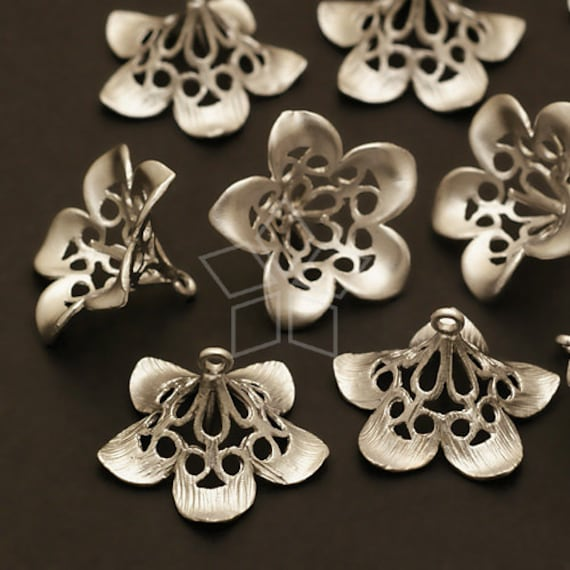 CP-035-MS / 2 Pcs - Trumpet Flower Caps for Half Drilled Drops, Matte Silver Plated over Brass / 16mm